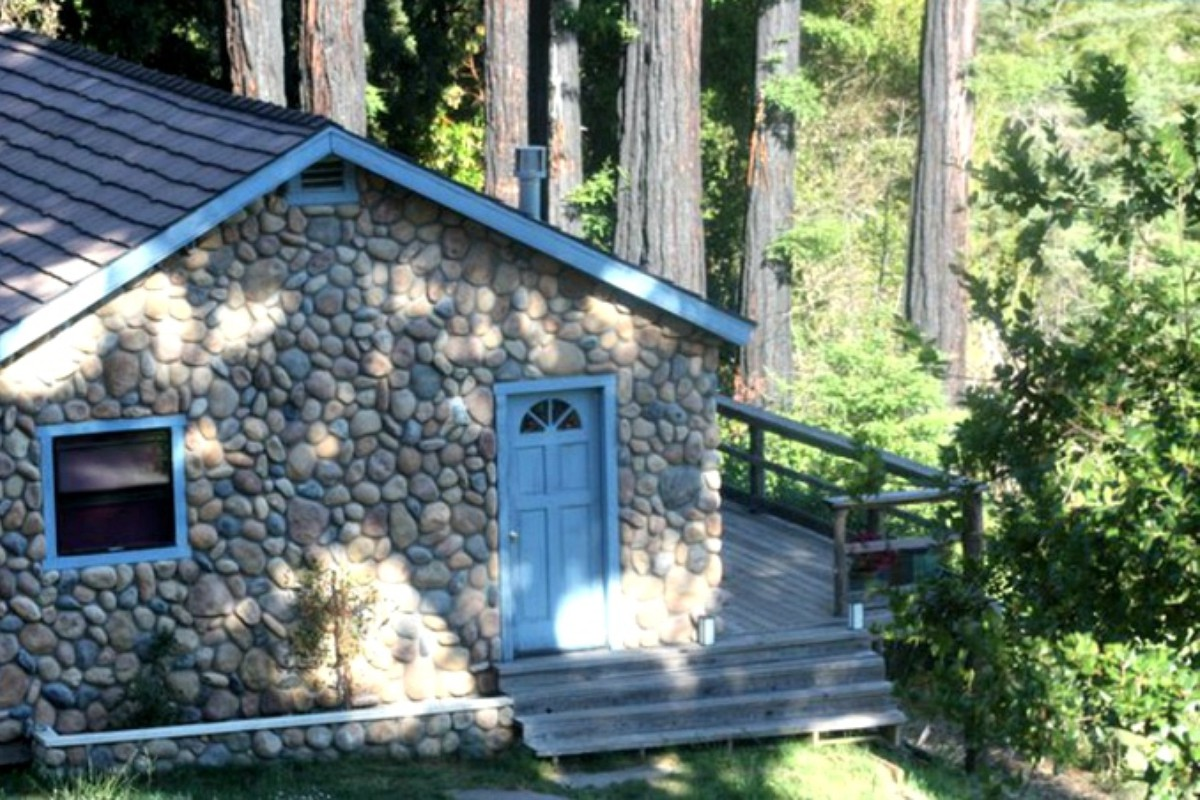 Pet-Friendly Cabins near the Bay Area