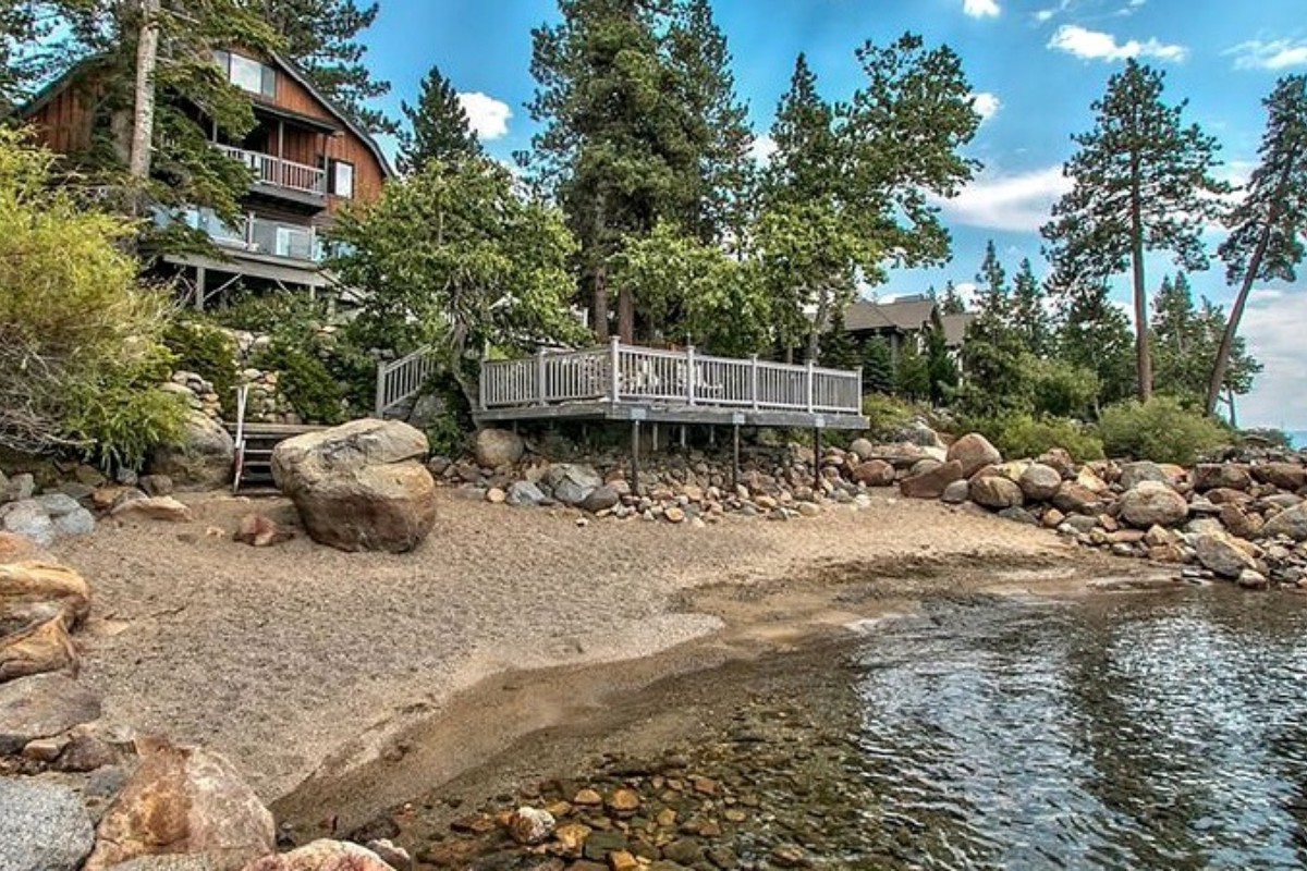 Pet-Friendly Cabins near Lake Tahoe