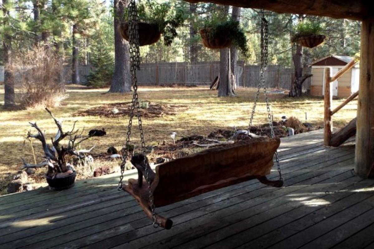 Pet friendly cabins in the u s for Cabins near portland oregon