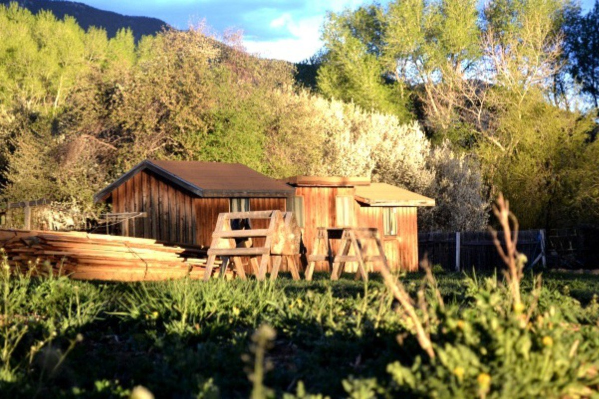 Pet-Friendly Cabins near Santa Fe