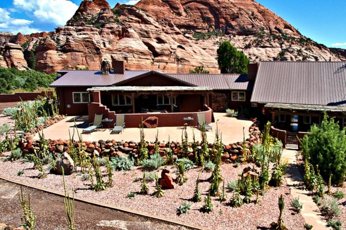 Pet-Friendly Cabins near Zion National Park