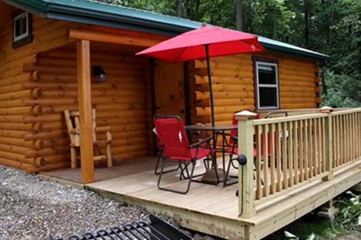 deercreek cabins rentals conference ohio great lodges cabin creek lodge deer in center