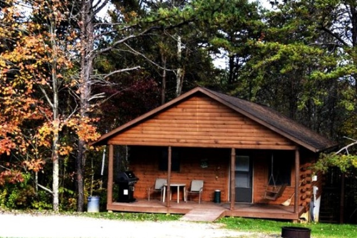 rentals hocking availability kit ohio check cabin in cabins hills logan calendar crosssing butterfly reservation