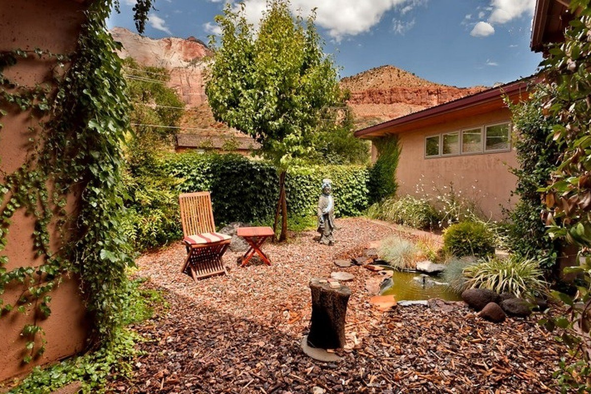 Cabins near zion national park where to stay near 9 of for Cabin rentals near zion national park