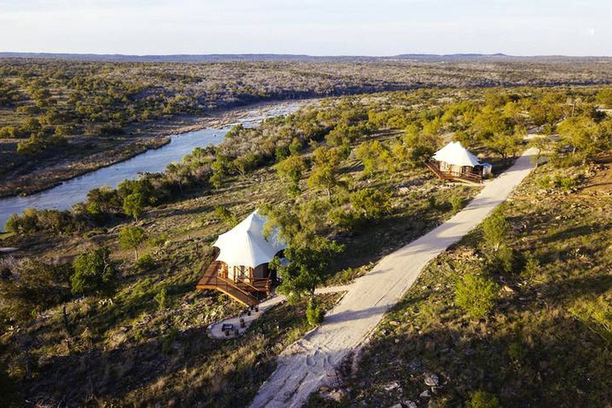 Romantic Cabin Getaways in Texas Hill Country