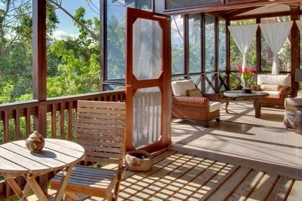 Romantic Tree House Getaways in Belize