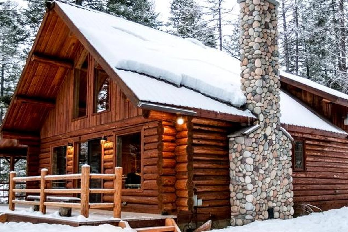 Romantic Winter Getaways in Montana