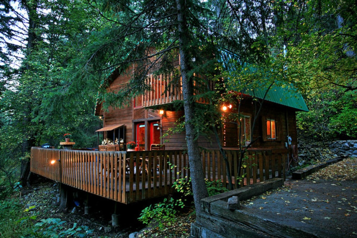 greenery cabins by luxury oregon camp resort rentals lush cabin sherman rustic pin surround metolious or river