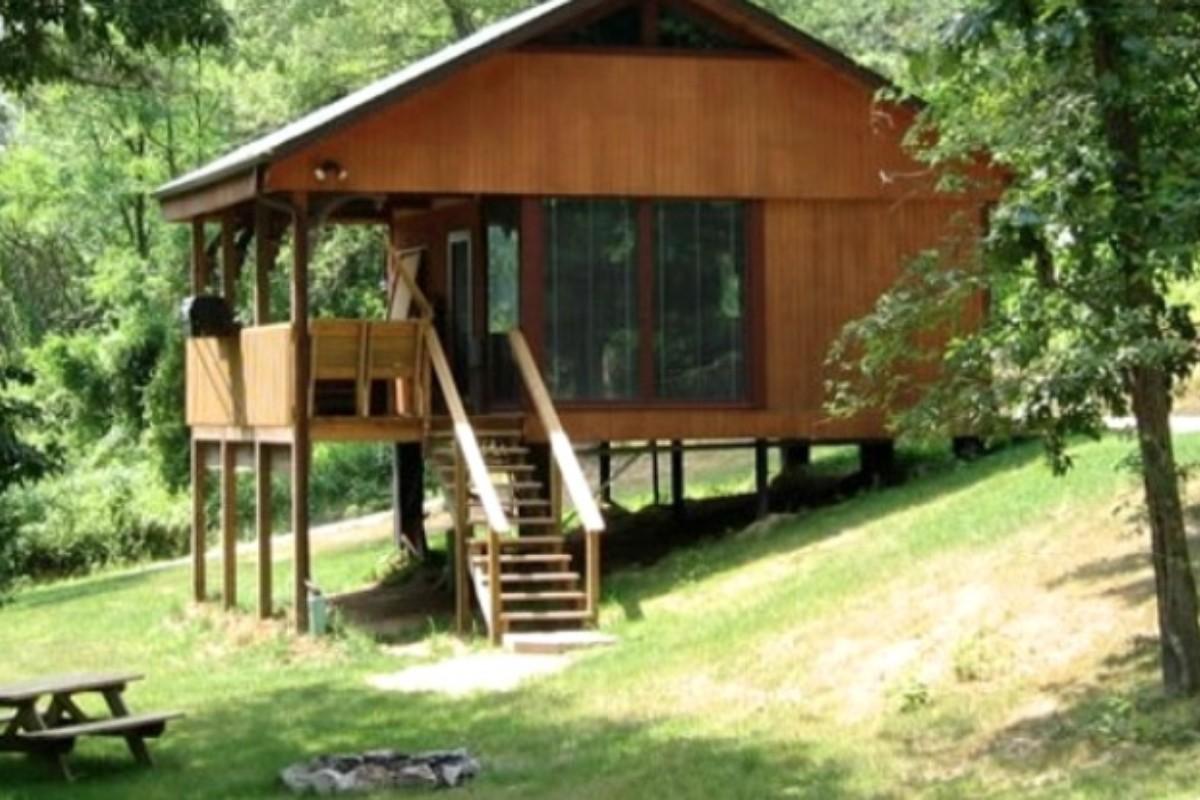 cabin log near luxury rentals ohio berlin cabins in