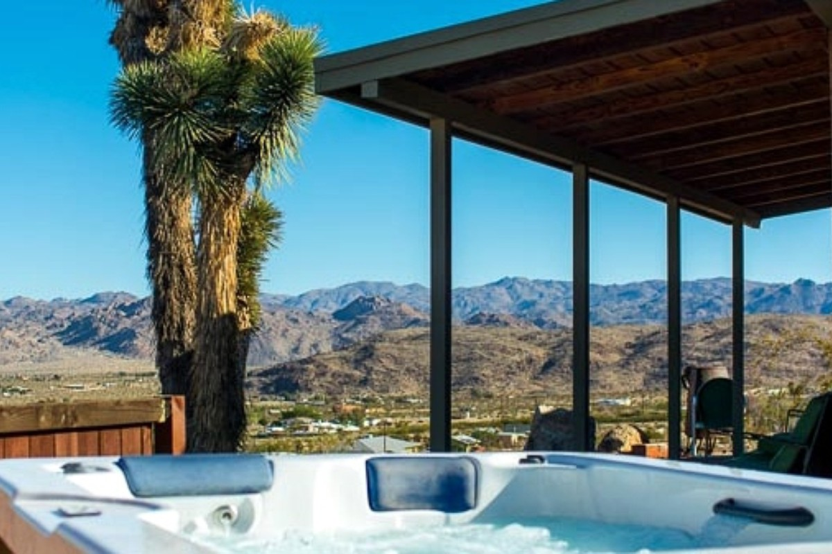 Staycations near Joshua Tree National Park