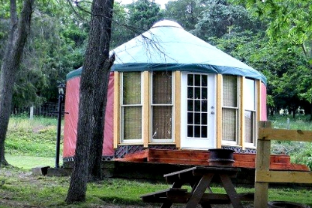Unique Accommodations near Pohick Bay Regional Park