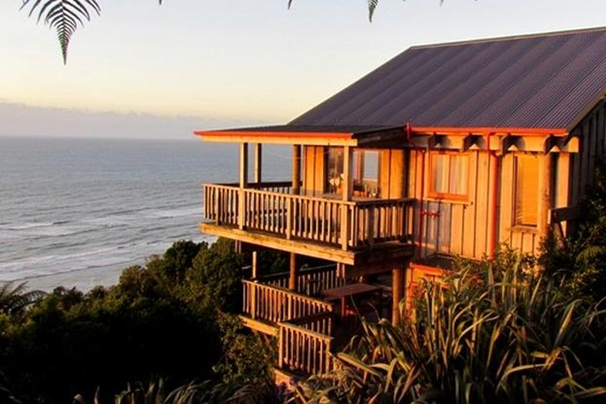 Unique Beach Rentals in New Zealand