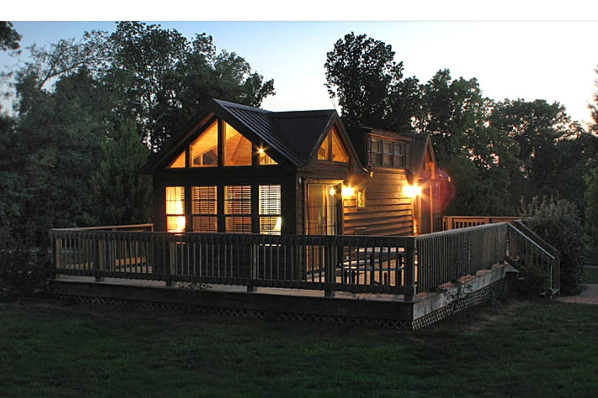 Illinois weekend getaways for Unique cabins