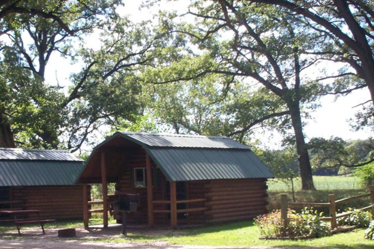 Unique Cabins for Rent near Chicago