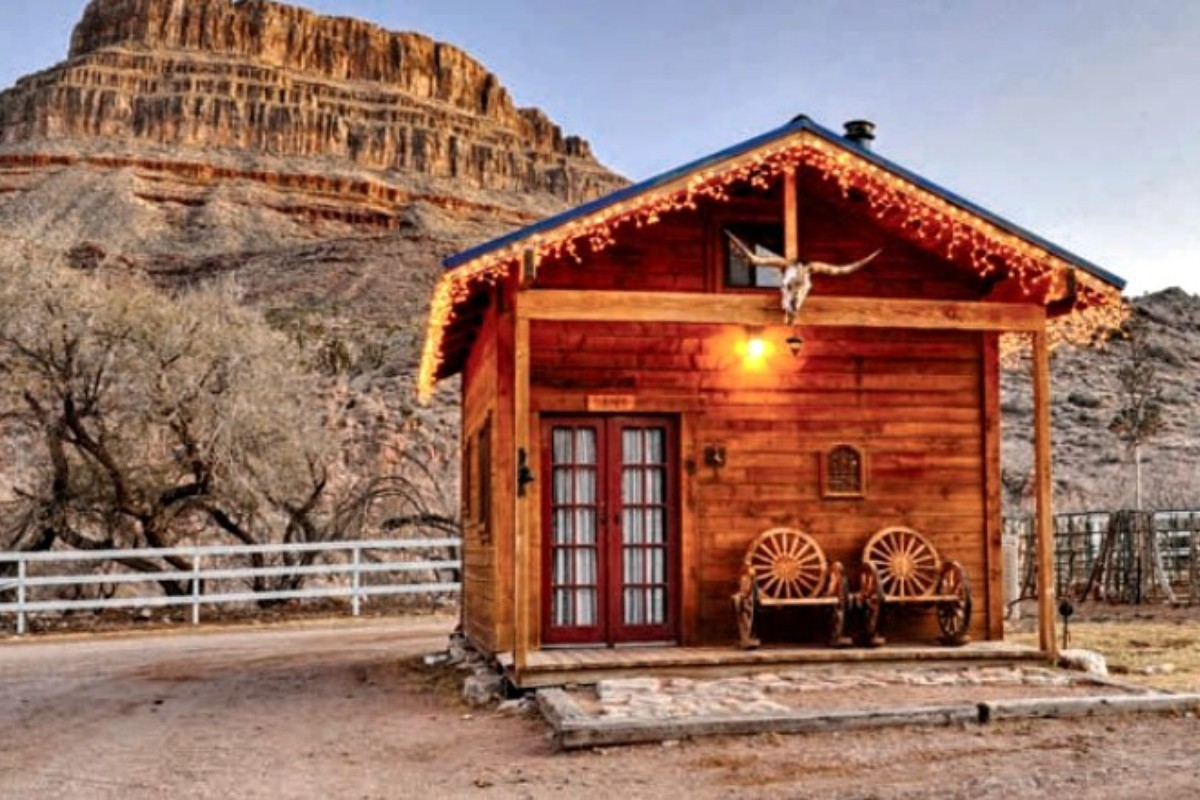Unique NYE Accommodations near Las Vegas