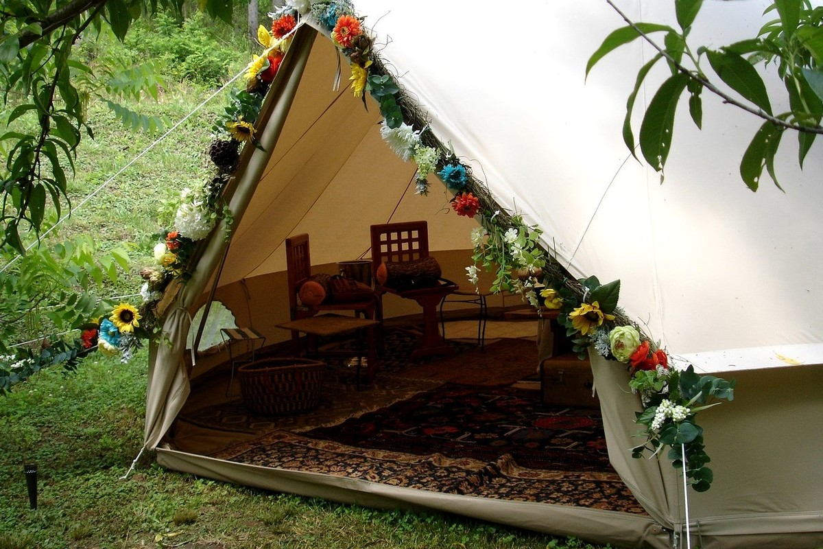 unique tent and tipi camping near springs virginia