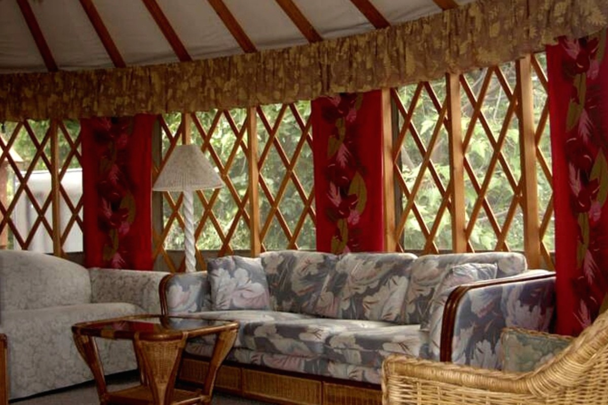 Unique Yurt Rentals near Waimea Canyon State Park