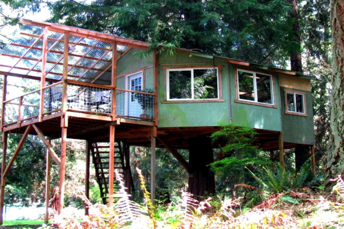 Unusual Rentals Near Seattle