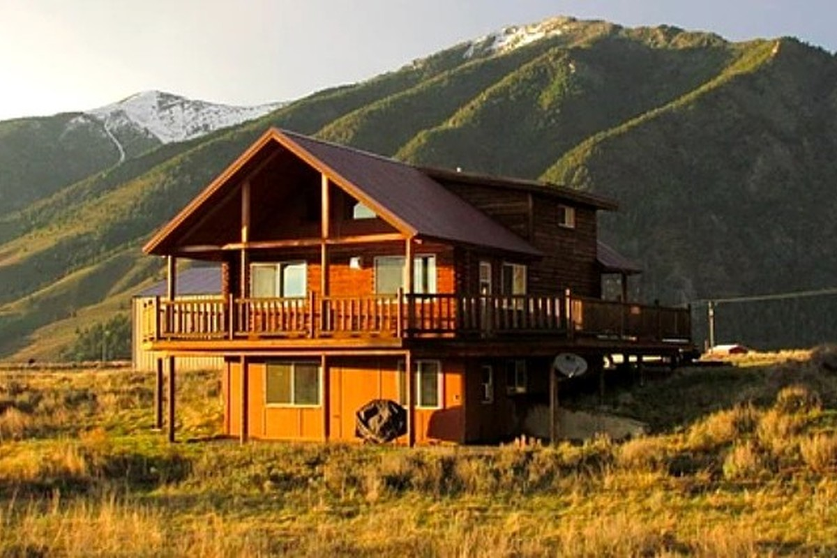 montana lodge red mt cabin vacation cabins in rentals