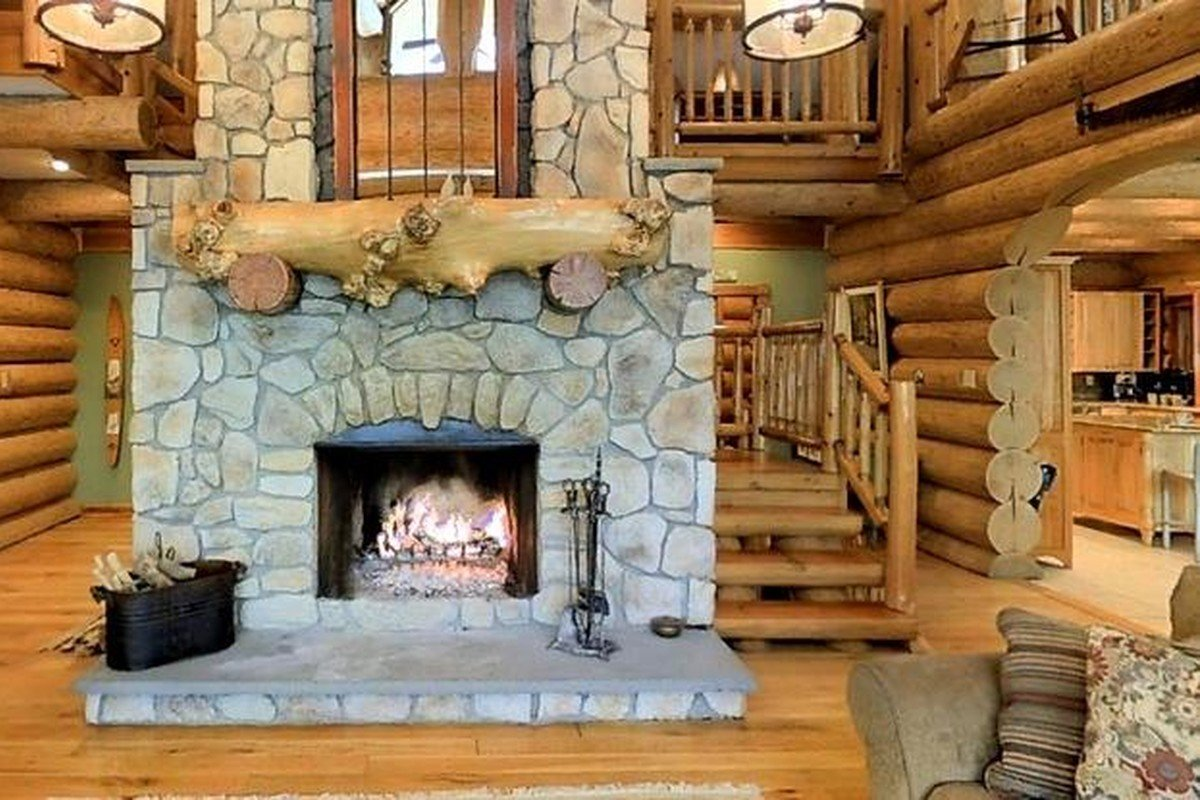 Winter Log Cabin Rentals near Albany