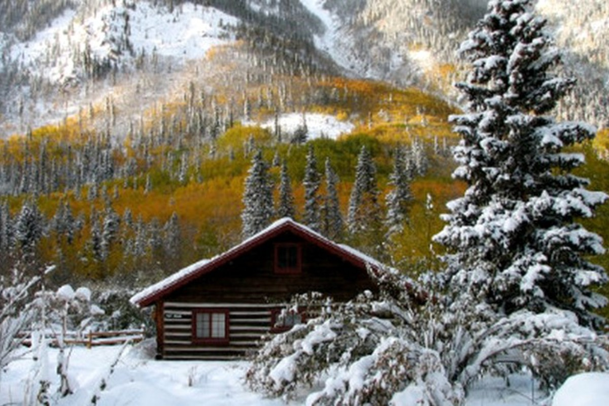 Winter Log Cabin Rentals near Denver